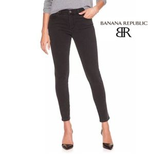 Banana Republic | Black Skinny jean size 27